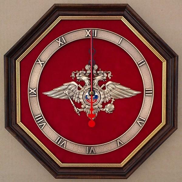Часы. Эмблема МВД.