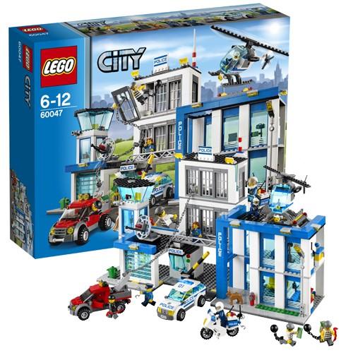 Конструктор LEGO CITY Полицейский участок