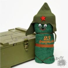 Зеленое полотенце Солдатик
