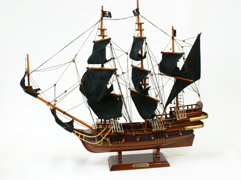 Пиратский парусник Morgan's Galleon