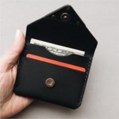 Card holder на магните Black