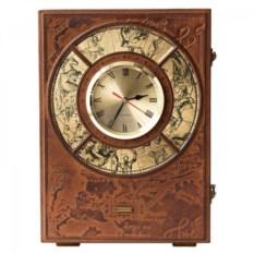 Часы-бар из кожи с хрустальным графином и рюмками