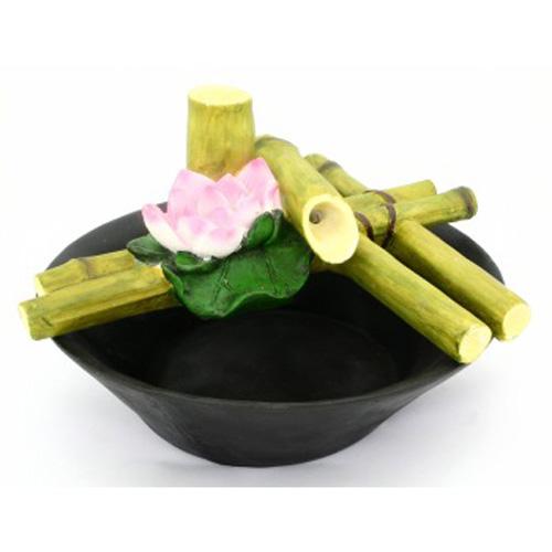 Фонтан «Бамбук и лилия»