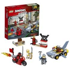 Конструктор Lego Juniors Нападение акулы
