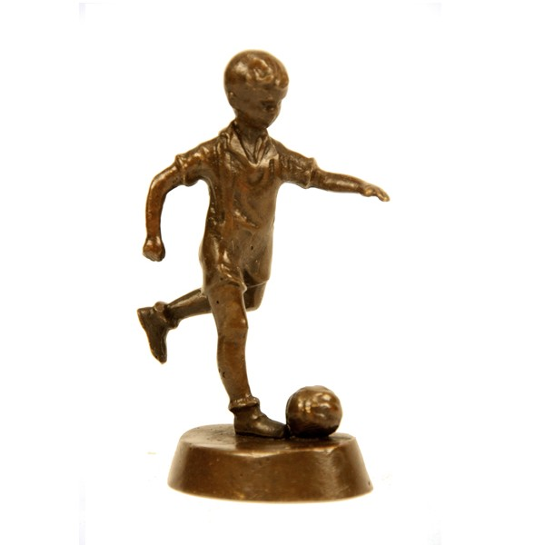 Бронзовая статуэтка Мальчик-футболист