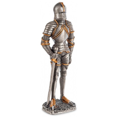 Статуэтка «Рыцарь в доспехах»