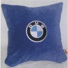 Синяя подушка BMW