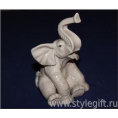 Фарфоровая фигурка Слон