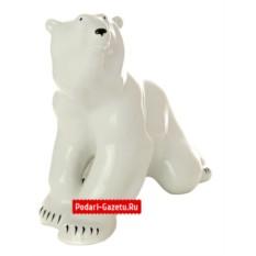 Фарфоровая статуэтка Белый медведь