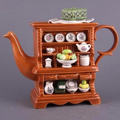 Оригинальный чайник для заварки чая «Сервант»