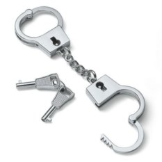 Брелок Cuffs