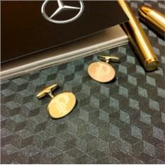 Золотые запонки 585 пробы с гравировкой