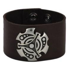 Коричневый браслет из кожи с ювелирным сплавом