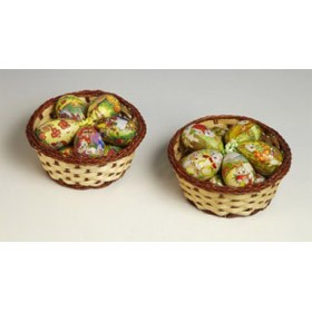 Яйцо-подвески в корзинке