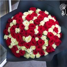 Букет из 101 розы 50 см в крафте