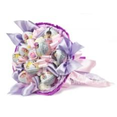 Розово-фиолетовый букет из 9 киндеров для девочки
