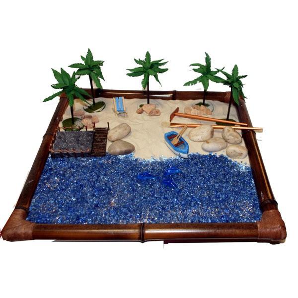 Японский садик Пустынный пляж