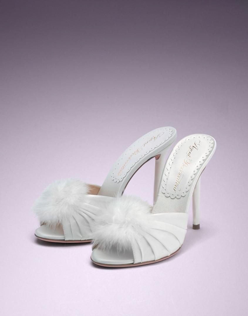 Белые туфли Elice