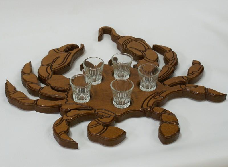 Поднос декоративный с рюмками Краб рукопожатный