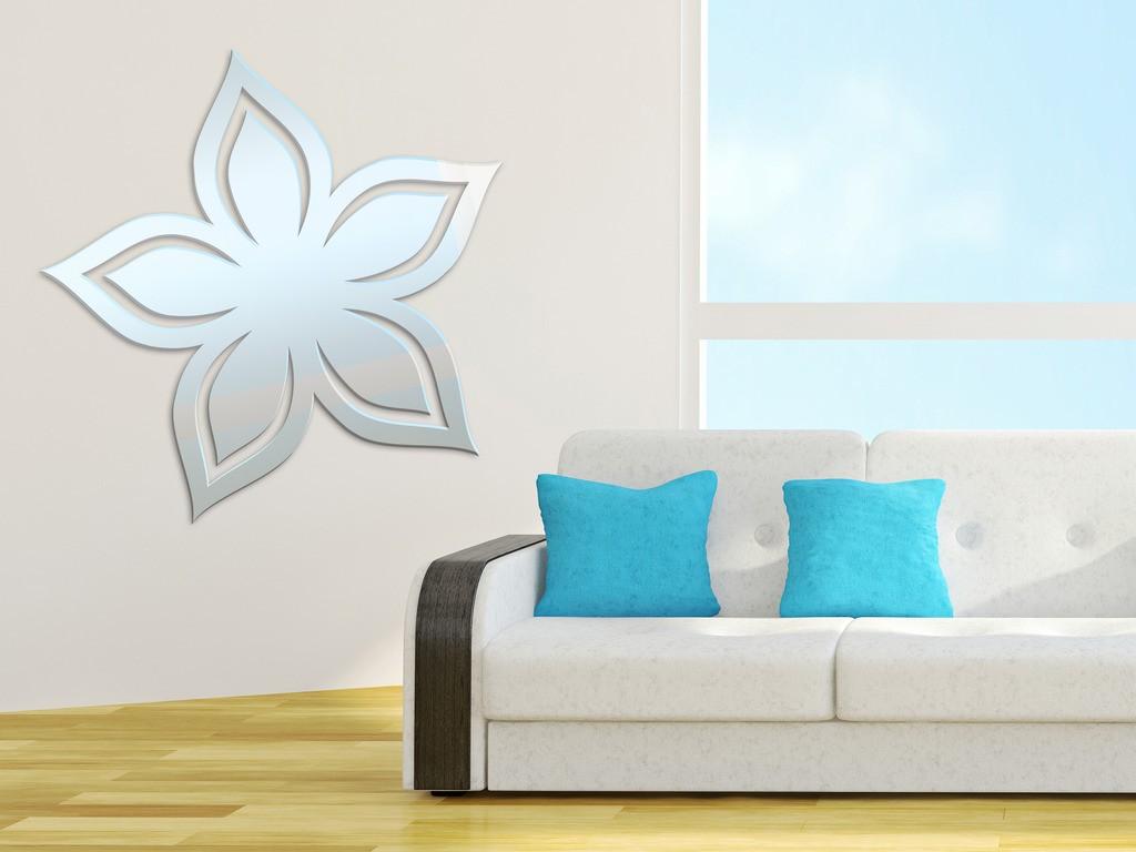 Декоративное акриловое зеркало «Цветок-3»