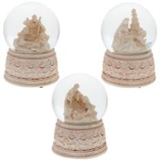 Декоративная фигурка в стеклянном шаре с музыкой Рождество