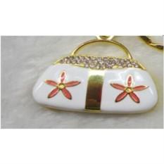 Флешка Сумочка белая с цветами на 16 гб