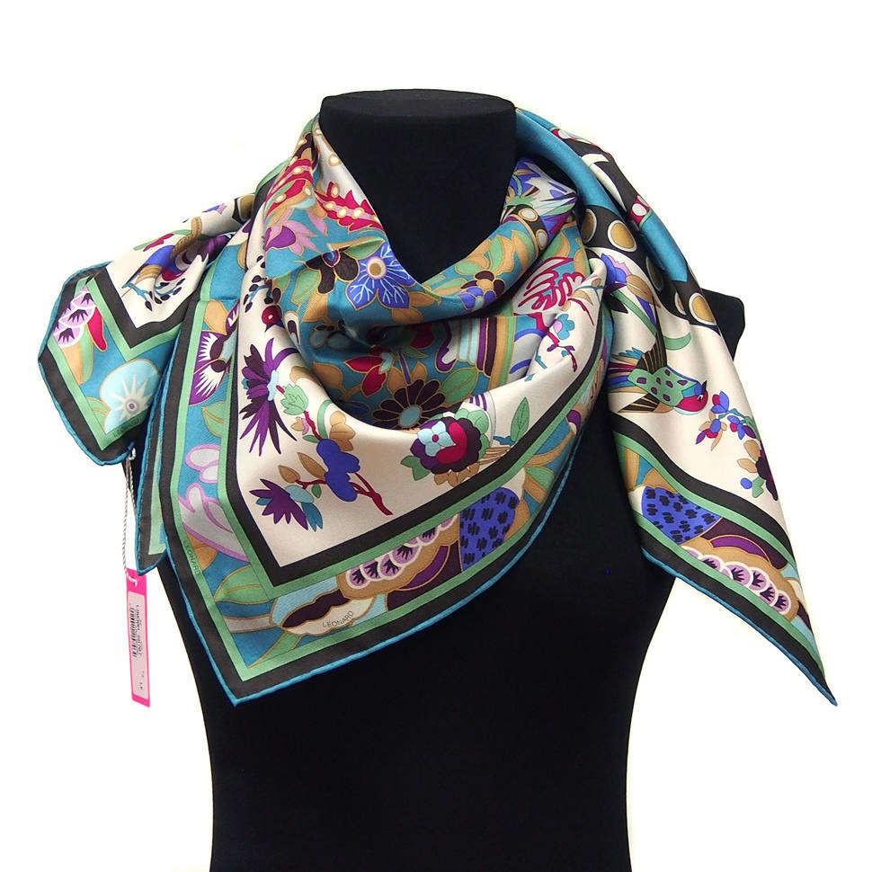 Шелковый женский платок с узором из сказок Leonard