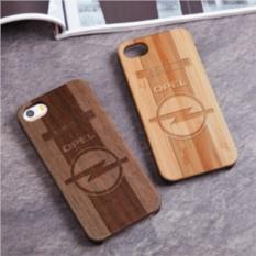 Деревянный чехол для iPhone Опель с гравировкой