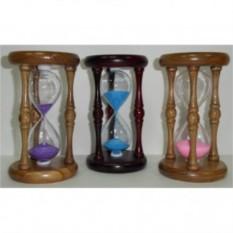 Песочные часы в деревянном корпусе с цветным песком
