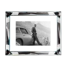Фоторамка James Bond Aston 80х60 см