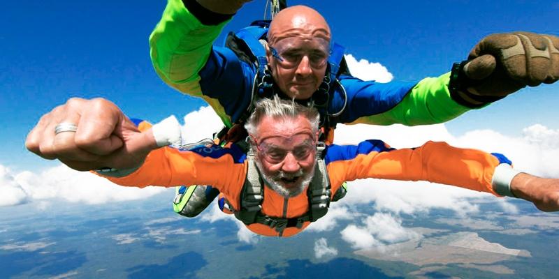 Прыжки с парашютом в тандеме на головокружительной высоте