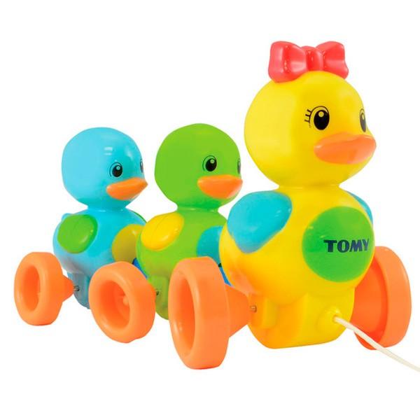 Развивающая игрушка TOMY Веселая Утиная Семейка