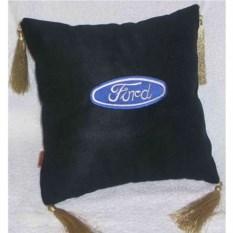 Черная с кистями подушка Ford