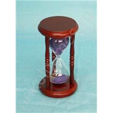 Часы песочные на 5 минут с фиолетовым песком.