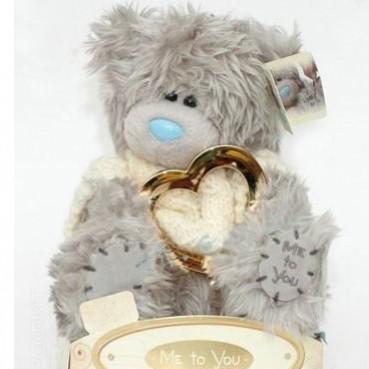Мишка MTY в свитере с золотым сердцем