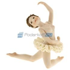 Фарфоровая статуэтка Балерина в позиции