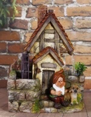 Декоративный фонтан Лесной домик гномика и его собака