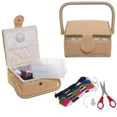 Кремовая шкатулка для рукоделия с подносом и набором