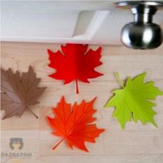 Стоппер для двери «Красный кленовый лист»