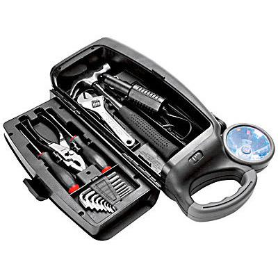 Набор инструментов с фонарем