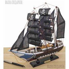 Деревянная модель Пиратский корабль