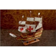 Сувенирный парусный корабль Галеон