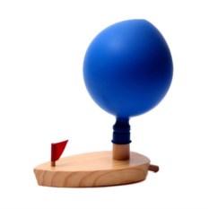 Реактивная игрушка Лодка с шариком