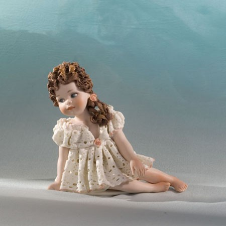 Фарфоровая статуэтка Odette