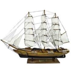 Декоративная модель парусника Gorch Fock