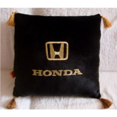 Черная с кистями подушка с кистями Honda
