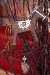 Декоративное украшение Лошадка, коричневая