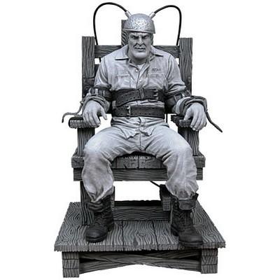 Фигурка Город Грехов - Марв на электрическом стуле