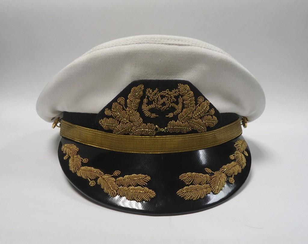 Фуражка для яхтсмена с ручной вышивкой